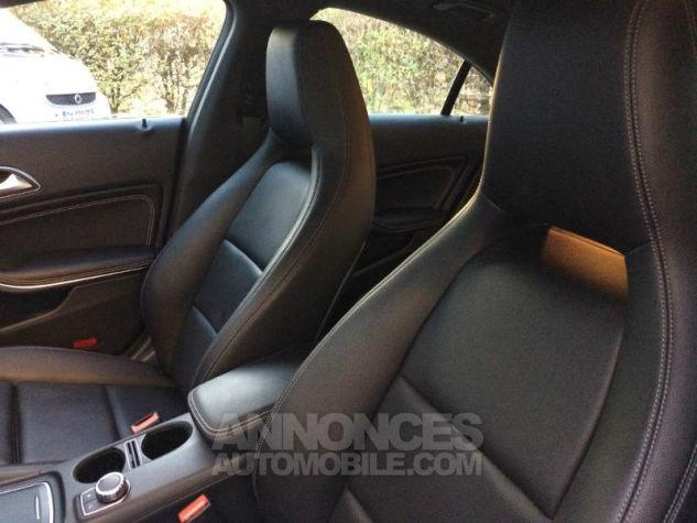 Mercedes CLA 220 d Sensation 7G-DCT BLEU CAVANSITE Occasion - 4