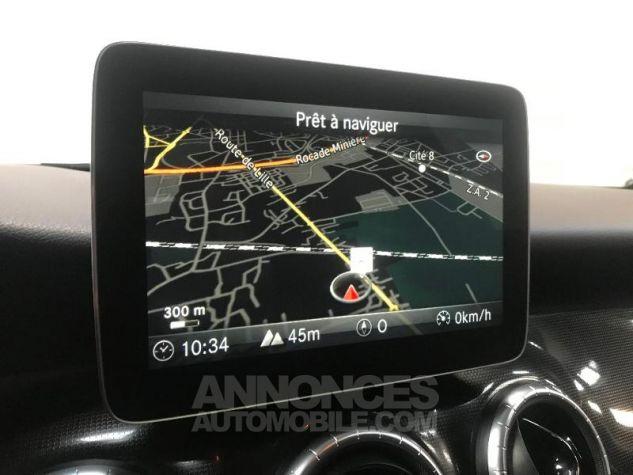 Mercedes CLA Shooting Brake 180 d Inspiration GRIS MONTAGNE Occasion - 3