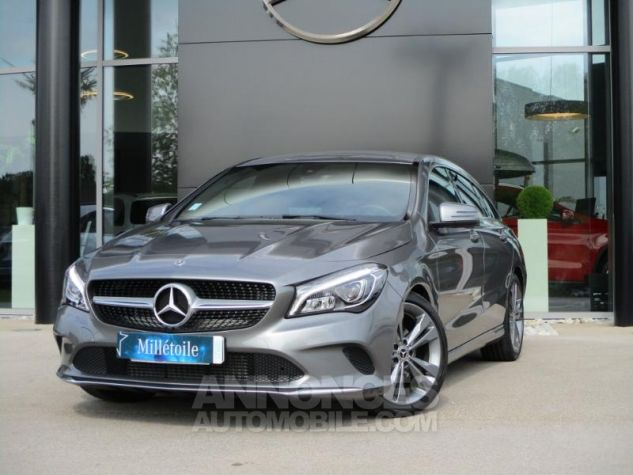 Mercedes CLA Shooting Brake 180 Sensation 7G-DCT Gris Montagne Occasion - 0