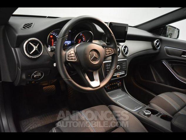 Mercedes CLA Shooting Brake 180 Sensation 7G-DCT NOIRS COSMOS Occasion - 3