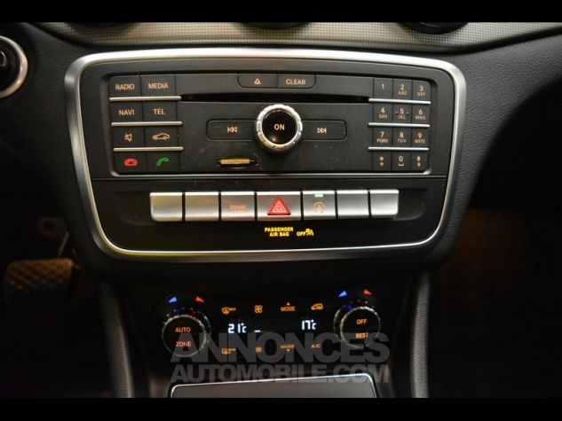 Mercedes CLA Shooting Brake 180 Sensation 7G-DCT NOIRS COSMOS Occasion - 5