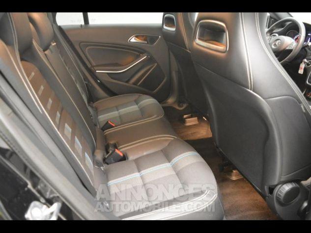 Mercedes CLA Shooting Brake 180 Sensation 7G-DCT NOIRS COSMOS Occasion - 10