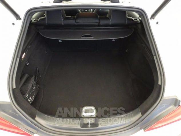 Mercedes CLA Shooting Brake 200 d Sensation Blanc Cirrus Occasion - 16