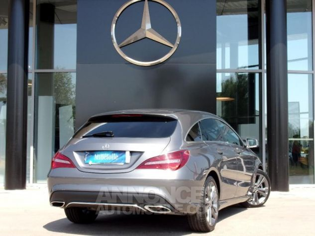 Mercedes CLA Shooting Brake 200 d Sensation 7G-DCT Gris montagne Occasion - 1