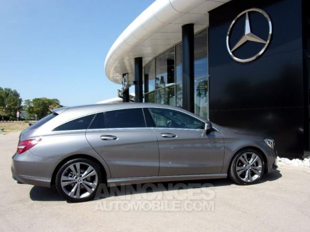Mercedes CLA Shooting Brake 200 d Sensation 7G-DCT Gris montagne Occasion - 7