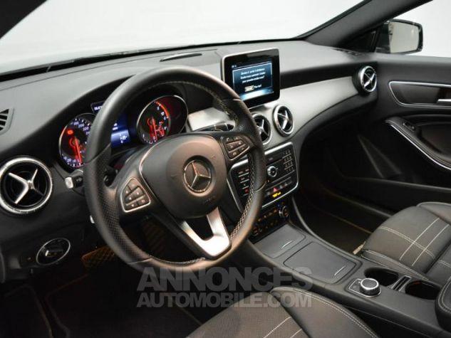 Mercedes CLA Shooting Brake 200 d Sensation 7G-DCT Noir Métal Occasion - 2