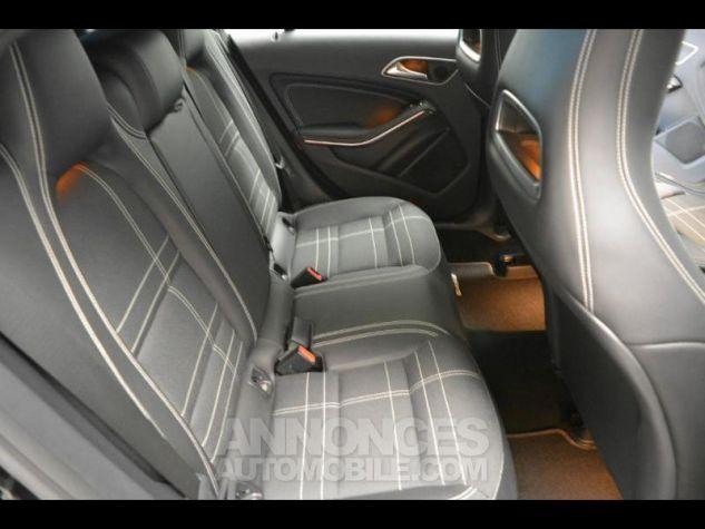 Mercedes CLA Shooting Brake 200 d Sensation 7G-DCT Noir Métal Occasion - 7