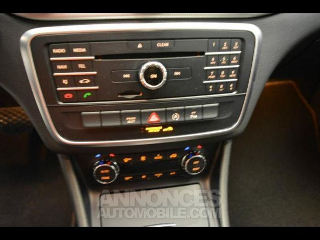 Mercedes CLA Shooting Brake 200 d Sensation 7G-DCT Noir Métal Occasion - 8