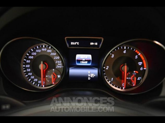 Mercedes CLA Shooting Brake 200 d Sensation 7G-DCT Noir Métal Occasion - 13