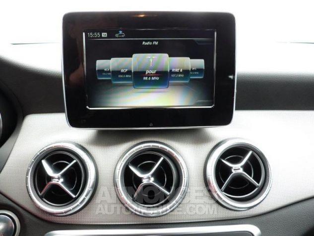 Mercedes CLA Shooting Brake 200 Sensation 7G-DCT Gris montagne métallisé Occasion - 8