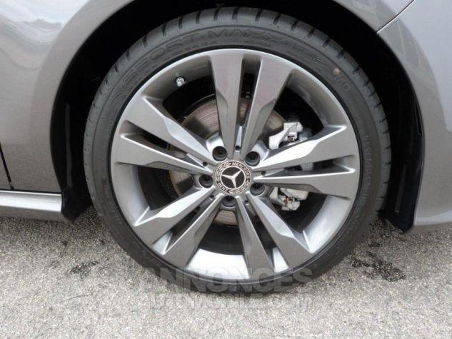 Mercedes CLA Shooting Brake 200 Sensation 7G-DCT Gris montagne métallisé Occasion - 16