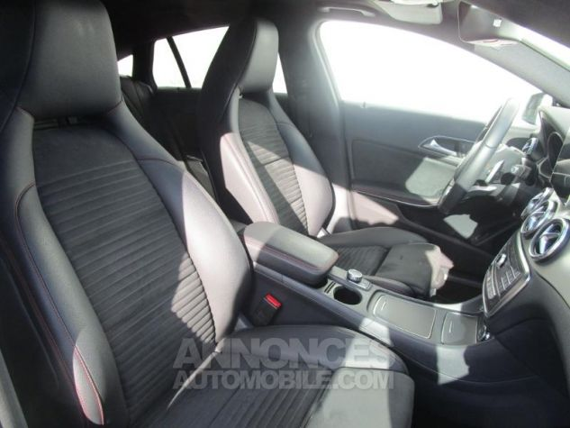 Mercedes CLA Shooting Brake 220 d Fascination 4Matic 7G-DCT Blanc Cirrus Occasion - 7