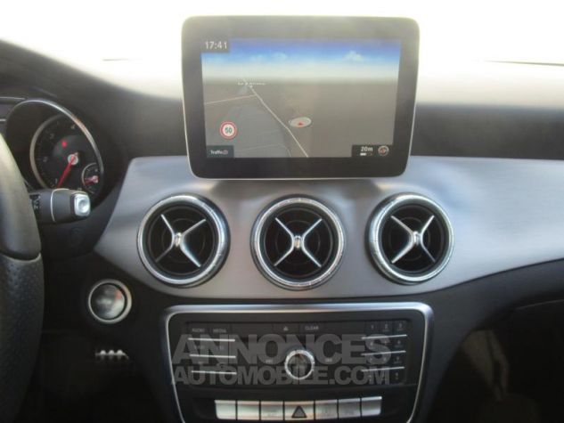 Mercedes CLA Shooting Brake 220 d Fascination 4Matic 7G-DCT Blanc Cirrus Occasion - 10