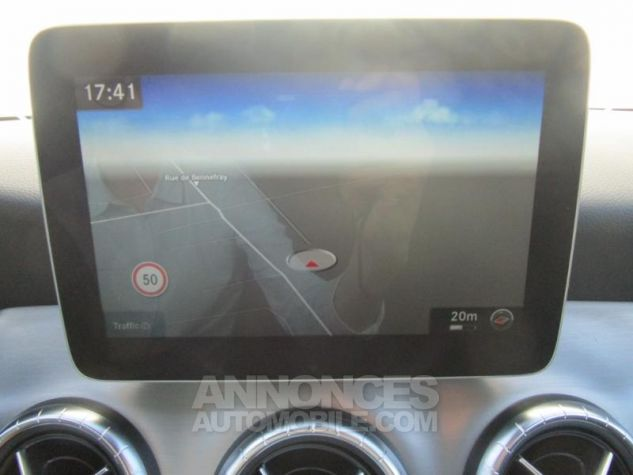 Mercedes CLA Shooting Brake 220 d Fascination 4Matic 7G-DCT Blanc Cirrus Occasion - 16