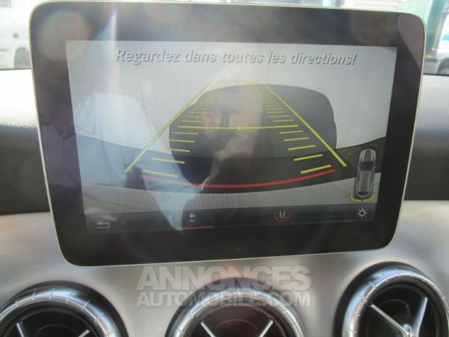 Mercedes CLA Shooting Brake 220 d Fascination 4Matic 7G-DCT Blanc Cirrus Occasion - 19