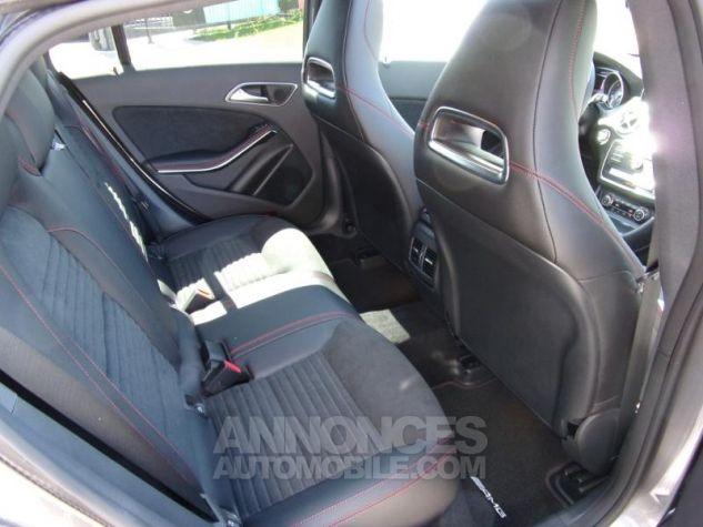 Mercedes CLA Shooting Brake 220 d Fascination 7G-DCT Gris montagne métallisé Neuf - 9