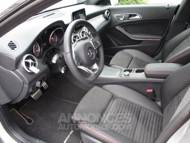 Mercedes CLA Shooting Brake 220 d Fascination 7G-DCT Argent Polaire métallisé Occasion - 8
