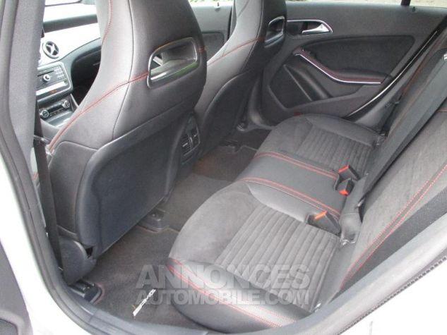 Mercedes CLA Shooting Brake 220 d Fascination 7G-DCT Argent Polaire métallisé Occasion - 9
