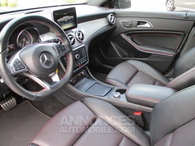 Mercedes CLA Shooting Brake 220 d Fascination 7G-DCT Gris Montagne Occasion - 2