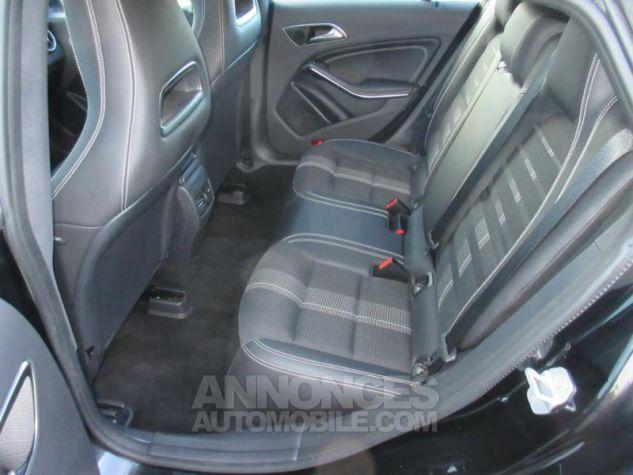 Mercedes CLA Shooting Brake 220 d Sensation 7G-DCT NOIR COSMOS Occasion - 4