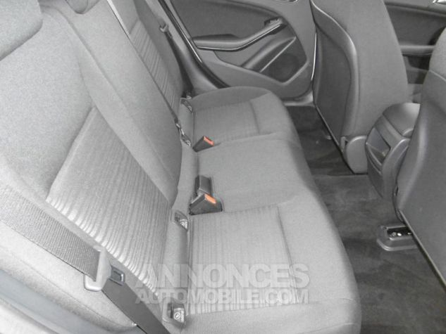 Mercedes Classe A 160 Intuition 7G-DCT blanc cirrus Occasion - 3