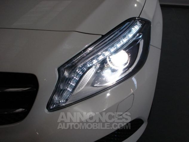 Mercedes Classe A 180 CDI Inspiration Blanc cirrus Occasion - 12