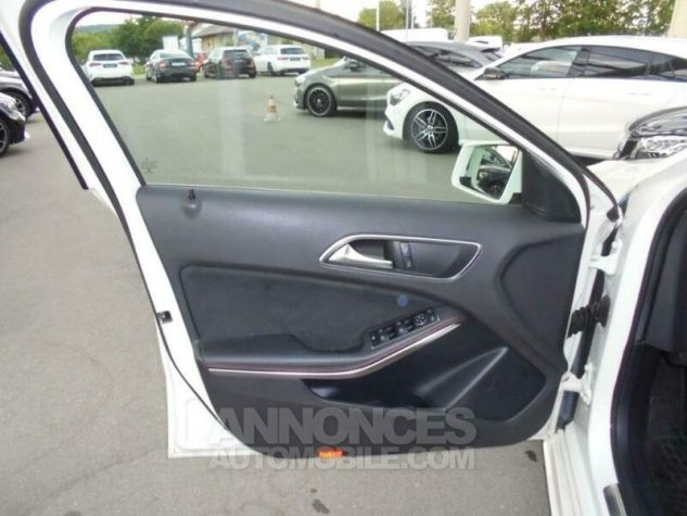 Mercedes Classe A 180 CDI Pac AMG Blanche Occasion - 2