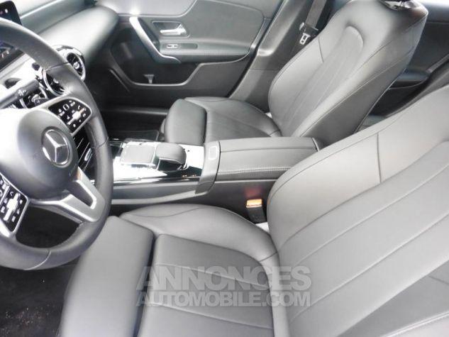 Mercedes Classe A 180 d 116ch Progressive Line 7G-DCT Gris Montagne Occasion - 6