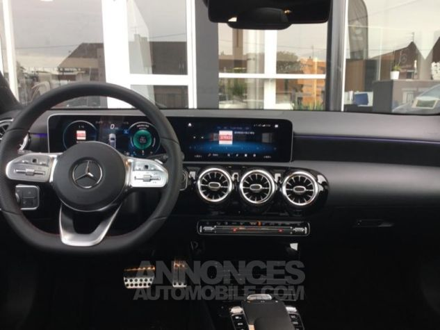 Mercedes Classe A 180 d AMG Line 7G-DCT Blanc polaire non métallisé Occasion - 7