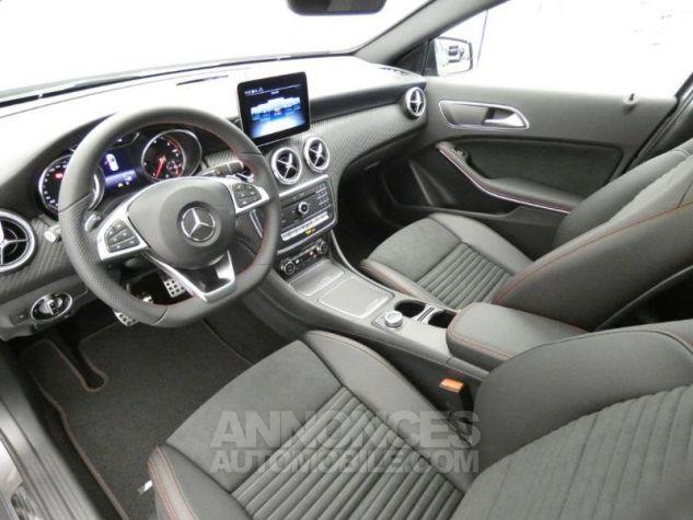 Mercedes Classe A 180 d Fascination 7G-DCT Gris montagne métallisé Occasion - 8