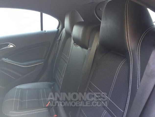 Mercedes Classe A 180 d Sensation 7G-DCT NOIR COSMOS Occasion - 4
