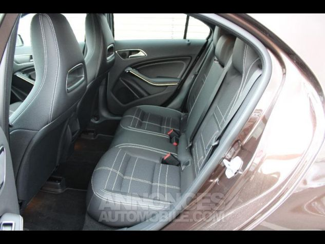 Mercedes Classe A 180 Sensation 7G-DCT Marron Orient Occasion - 8