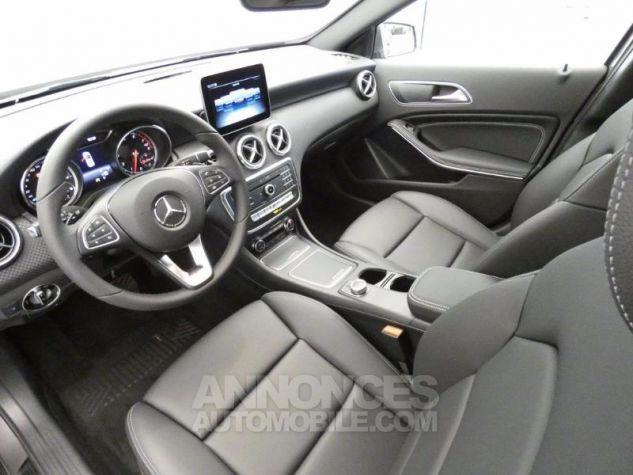 Mercedes Classe A 180 Sensation 7G-DCT GRIS MONTAGNE Occasion - 7