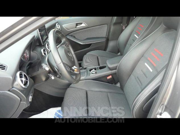 Mercedes Classe A 200 d Business Edition 7G-DCT Gris Fonce Perle Metal Occasion - 3