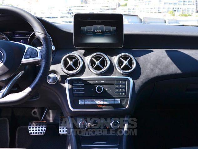Mercedes Classe A 200 d Fascination 4Matic 7G-DCT Noir Cosmos Occasion - 11