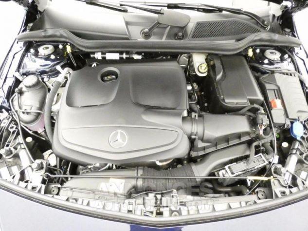 Mercedes Classe A 200 Sensation 7G-DCT Bleu Foncé Métal Occasion - 18