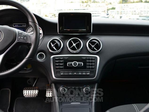 Mercedes Classe A 220 d Sensation 7G-DCT Gris Occasion - 11