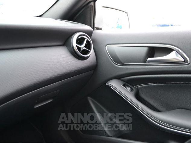 Mercedes Classe A 220 d Sensation 7G-DCT Gris Occasion - 13