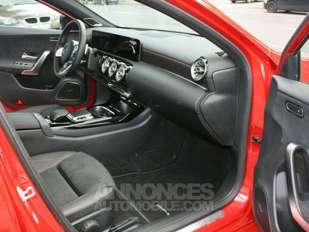 Mercedes Classe A 35 AMG 4MATIC 306ch PANO TETE HAUTE 360 PACK NOIR Rouge Occasion - 9