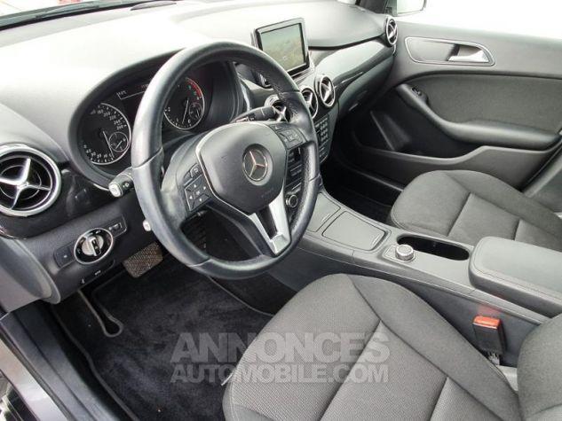 Mercedes Classe B 180 CDI 1.8 Design 7G-DCT Gris Montagne Métallisé Occasion - 10