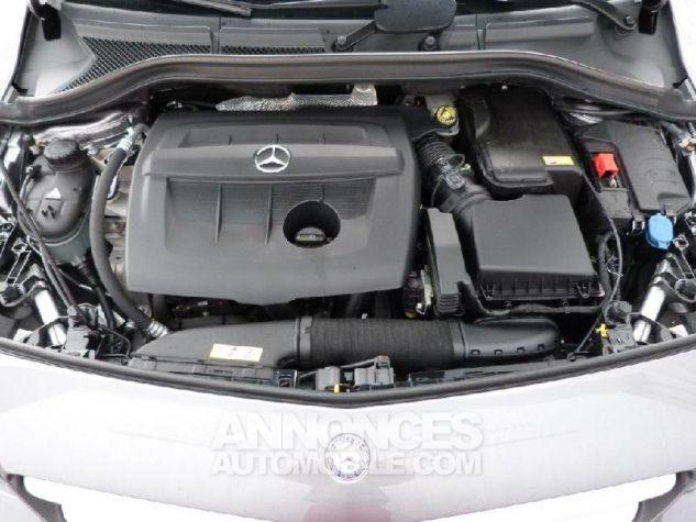 Mercedes Classe B 180 CDI Business 7G-DCT Gris Montagne Occasion - 16