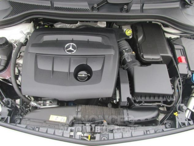 Mercedes Classe B 180 d 109ch Inspiration 7G-DCT BLANC CIRRUS Occasion - 8