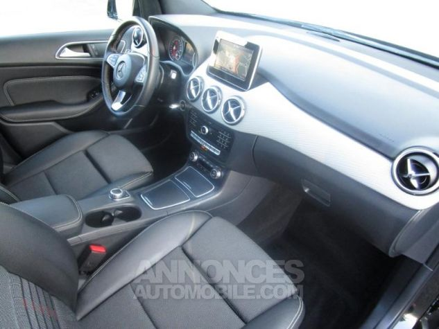 Mercedes Classe B 180 d 109ch Sensation 7G-DCT Noir Cosmos Occasion - 4