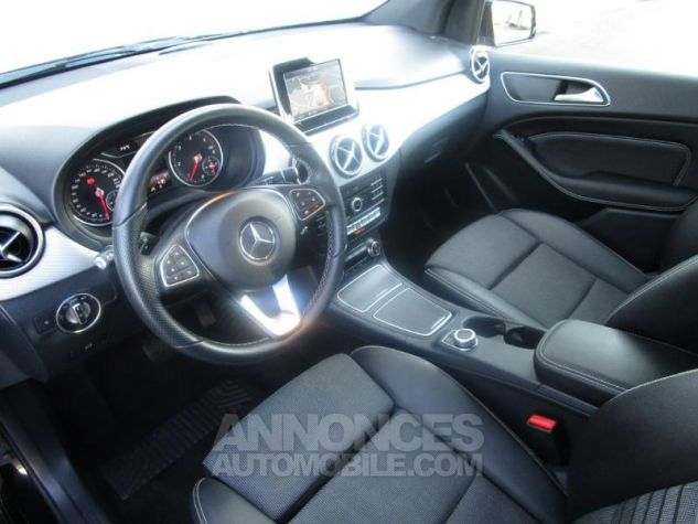 Mercedes Classe B 180 d 109ch Sensation 7G-DCT Noir Cosmos Occasion - 10