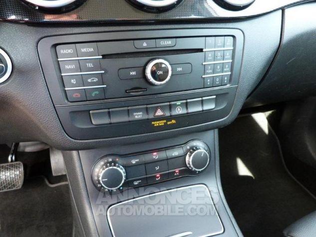 Mercedes Classe B 180 d Business 7G-DCT Argent Polaire Occasion - 10