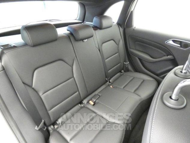 Mercedes Classe B 180 d Sensation 7G-DCT Blanc Cirrus Occasion - 16