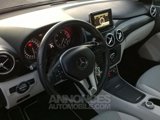 Mercedes Classe B 200 CDI BLUEEFFICIENCY Design 7-G DCT A Gris Occasion - 7
