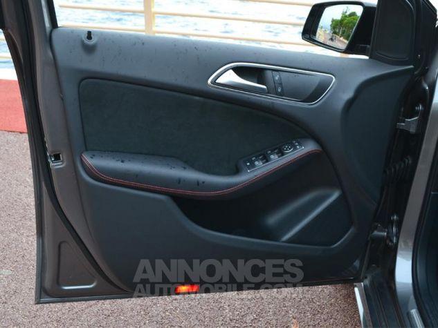 Mercedes Classe B 200 d Fascination 7G-DCT Gris Montagne Occasion - 17
