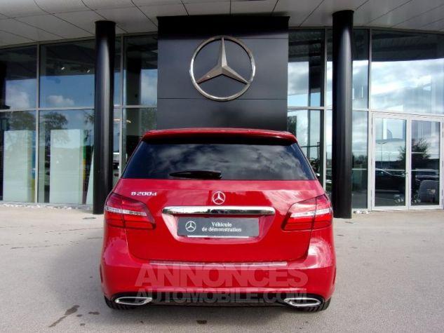 Mercedes Classe B 200d 136ch Fascination Rouge jupiter non métallisé Neuf - 11