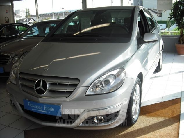 Mercedes Classe B B180CDI M6 FL  Argent  Occasion - 0